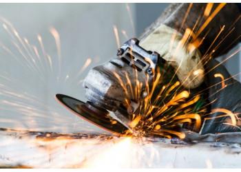 Угловая шлифовальная машина: для чего она и как она работает