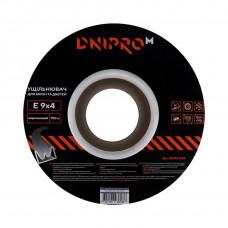 Уплотнитель самоклеющийся DNIPRO-M E-тип, 9*4мм, коричневый, 150м